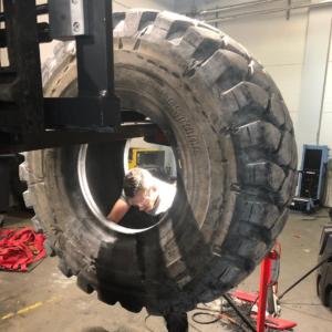 Reparatur EM und Agrar Reifen
